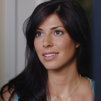 Lisa Braeden played by Cindy Sampson