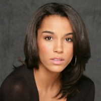 Asha Flynn played by Brooklyn Sudano