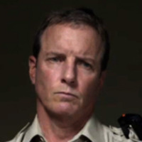 Sheriff Stilinski played by Linden Ashby