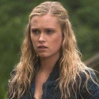 Clarke Griffin played by Eliza Taylor-Cotter