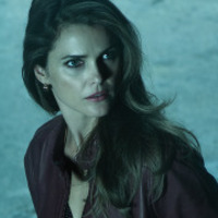 Elizabeth Jennings played by Keri Russell