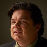 Paul played by Oliver Platt