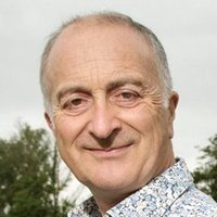 Tony Robinsonplayed by Tony Robinson