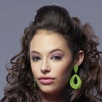 Donna LaDonnaplayed by Chloe Bridges