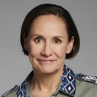 Jackie Harrisplayed by Laurie Metcalf