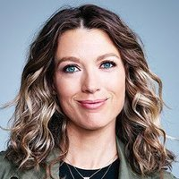 Robin played by Natalie Zea