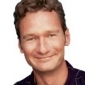 Lewis Kiniski played by Ryan Stiles