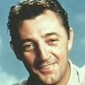 Richard Dyson played by Robert Mitchum