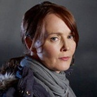 Sophia Maguire played by Laura Innes