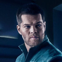 Amos Burton played by Wes Chatham