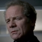Lenny Douglas played by Peter Mullan (i)