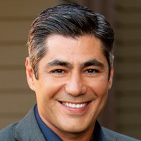 Mike Foster played by Danny Nucci