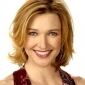 Arlene Ridgeway, the Rich Lady played by Brenda Strong