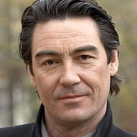 Detective Inspector Thomas Lynley played by Nathaniel Parker