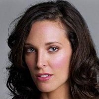 Dana Fairbanks played by Erin Daniels
