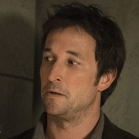 Flynn Carsenplayed by Noah Wyle