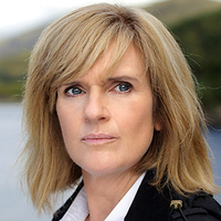 DCI Lauren Quigley played by Siobhan Finneran