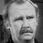 Det. Sgt. Les Lee played by Bill Hunter
