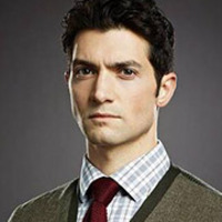 James Lynch played by David Alpay