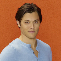 Garrett Mathews played by Blair Redford
