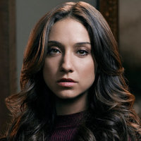 Julia Wicker played by Stella Maeve