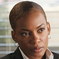 Madeleine Hightower played by Aunjanue Ellis