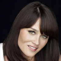 Teresa Lisbon played by Robin Tunney