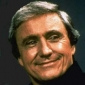Host played by Merv Griffin