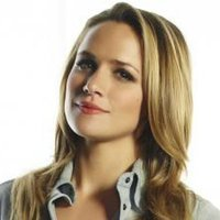 Vera Buckley played by Shantel VanSanten Image