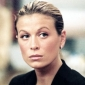 Donna Barnes played by Sonya Walger