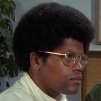 Linc Hayesplayed by Clarence Williams III