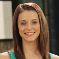 Chloe played by Jennifer Pappas