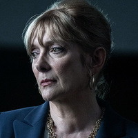 Alison Crowe played by Glenne Headly