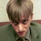 Gareth Keenan played by Mackenzie Crook Image