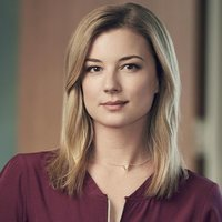 Nicolette Nevin played by Emily VanCamp