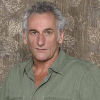 Fred Langston played by Matt Craven