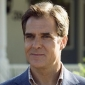 Howard Morrisey played by Henry Czerny