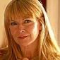 Hannah's Mum played by Toyah Willcox