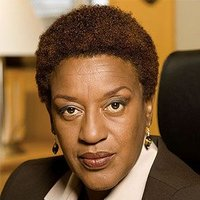 Detective Claudette Wyms played by CCH Pounder
