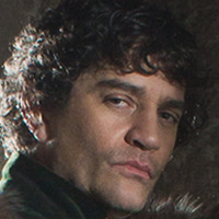 Lord Warwick played by James Frain