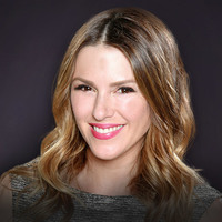 Chloe Mitchell played by Elizabeth Hendrickson