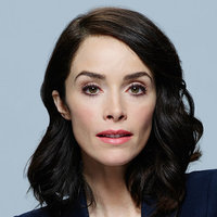Lucy Preston played by Abigail Spencer
