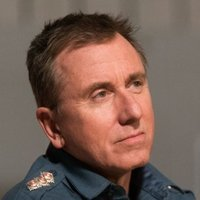 Jim Worth played by Tim Roth