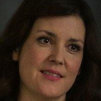 Michelle Pierson played by Melanie Lynskey
