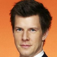 Daniel Meade played by Eric Mabius Image