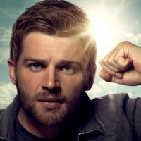 Dale  played by Mike Vogel