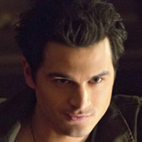 Enzo played by Michael Malarkey