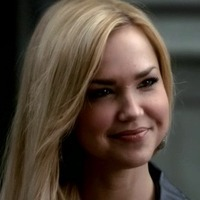 Lexi Branson played by Arielle Kebbel