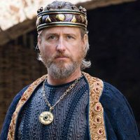 King Ecbert played by Linus Roache