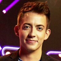 Kevin McHale- Host Virtually Famous (UK)